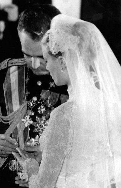 Grace Kelly Wedding   Ring Exchange